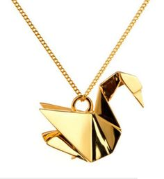 Necklace Swan, via Origami Jewellery GemSwag Collection. Im loving the idea of fold forming metal using origami techniques. Cute Jewelry, Gold Jewelry, Jewelry Accessories, Fashion Accessories, Jewelry Necklaces, Jewlery, Pretty Necklaces, Fashion Jewellery, Fashion Shoes