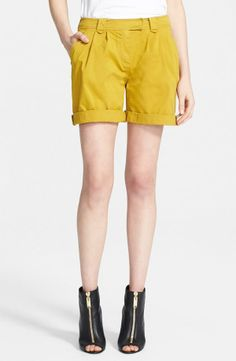Fun yellow shorts for a fun spring day | Burberry