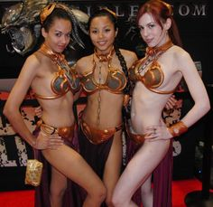 Slave Leia is an equal opportunity cosplay!