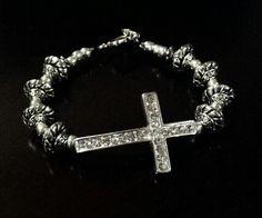Horizontal crystal cross in silver