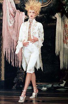 Dior 1998 Spring/Summer Haute Couture