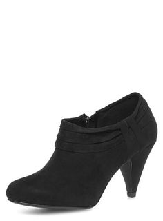 Black low heel ankle boots