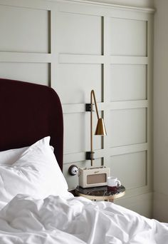 An indulgent stay at The Hoxton Southwark Grey Mugs, Waterfall Shower, Life App, Big Beds, Pink Sofa, Leather Lounge, London Hotels, Spare Room, Minimalist Bedroom