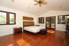 662 Glenridge #KeyBiscayne Master Bedroom