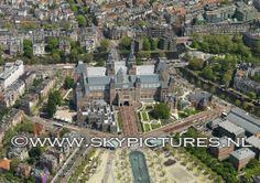 Rijksmuseum met museumplein