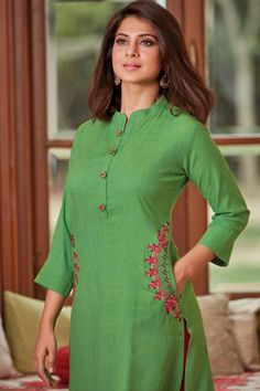 Simple Kurti Designs, New Kurti Designs, Kurta Designs Women, Kurti Designs Party Wear, Blouse Designs, Salwar Neck Designs, Kurta Neck Design, Stylish Kurtis Design, Fancy Kurti