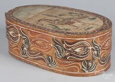 Continental painted bentwood box, 19th c., retaining its original bird decoration on lid and floral - Price Estimate: $200 - $400