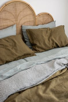 Cosy Home Interior French Linen Bedding in Olive/Stripe & Sage. Beautiful Home Decor.Cosy Home Interior French Linen Bedding in Olive/Stripe & Sage. Beautiful Home Decor. Zara Home, Home Bedroom, Bedroom Decor, Design Bedroom, Bedrooms, Bedding Decor, Master Suite, Cheap Home Decor, Diy Home Decor