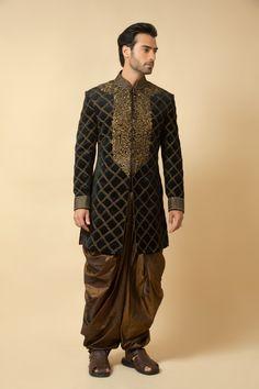 Velvet indo western sherwani embellished with kasab work. Item number M15-124