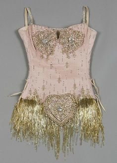 Details of Nicole Kidman's Pink Diamonds costume from the film Moulin Rouge. Details of Nicole Kidman's Pink Diamonds costume from the film Moulin Rouge. Film Moulin Rouge, Satine Moulin Rouge, Moulin Rouge Outfits, Showgirl Costume, Burlesque Costumes, Movie Costumes, Dance Costumes, Ballet Costumes, Nicole Kidman