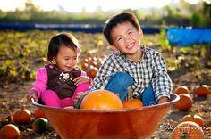 ADORABLE pumpkin patch photo shoot
