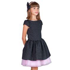 BROCARD NEGRU - ROCHITA ANIVERSARE Black, Dresses, Fashion, Tulle, Vestidos, Moda, Black People, Fashion Styles, Dress