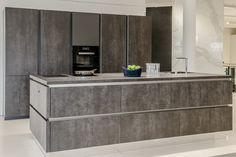 Haecker Küche mit VidroStone Keramik Verkleidung