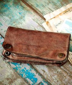 Noteworthy Clothing and Accessories Mens Long Leather Wallet, Leather Clutch Bags, Design Crafts, Leather Craft, How To Look Better, Blues, Mini, Gifts, Vintage