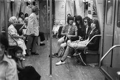 Ramones, NYC, 1975 © Bob Gruen, 1975 Ramones on a subway in NYC. July 18, 1975.
