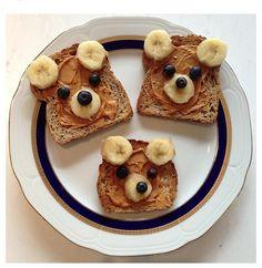 B-week breakfast! Breakfast bear for kids; toast bread, banana, grapes and almond butter