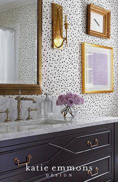 Speckled wallpaper...love!