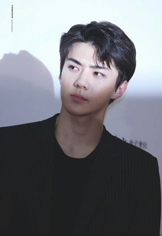 [BAHASA] in Teenfiction Tsundere (ツンデレ) is a Japanese term for a character development process that describes a person who is initially cold (and sometimes even hostile) before gradually showing a warmer, friendlier side over time. in Jisoo in Sehun Luhan, Park Chanyeol, Rapper, Sehun Cute, Ko Ko Bop, Exo Ot12, Cha Eun Woo, Exo Members, Baby Chicks