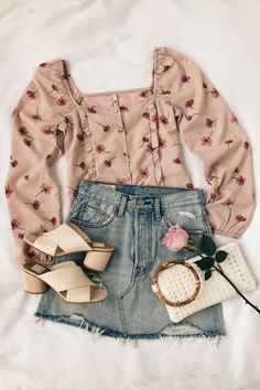 Flawless Summer Outfits Ideas For Slim Women That Looks Cool - Oscilling Mode Outfits, Skirt Outfits, Outfits For Teens, Trendy Outfits, Fashion Outfits, 1940s Outfits, Lazy Outfits, Fashion Trends, Womens Fashion