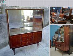 Cristaleira vintage..... https://www.facebook.com/objecta.segunda.mao/photos/a.502677349868970.1073741830.501864669950238/659978717472165/?type=3&theater