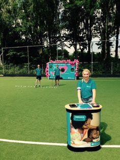 SOS Kinderdorpen Afzender: bedrijf - SOS kinderdorpen Boodschap: je overhalen om iets te doen