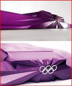 2012 런던올림픽 시상대 디자인- 심플하고 형태적인 재미가없는 시상대를보다가 색감이나 형태적인 면에서 재미를 주면 더 큰 기쁨을 누릴 수 있을 것 같다.