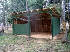 Cow shelter - I wouldn't use particle board it doesn't hold up to the weather. Like the side panel- good area for storing hay etc. Horse Shed, Cow Shed, Horse Stables, Horse Farms, Horse Barn Plans, Horse Run In Shelter, Goat Shelter, Animal Shelter, Shelter Dogs