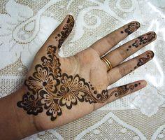 Very pretty henna