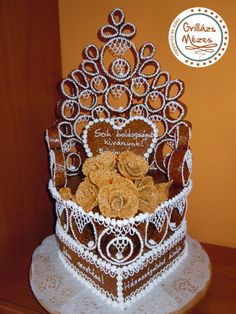 Diós palást Gingerbread, 3 D, Cake, Desserts, Wedding, Ideas, Biscuits, Pie Cake, Tailgate Desserts