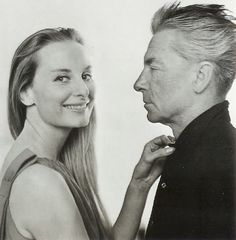 Eliette, the wife of the great Maestro of Orchestra, Herbert von Karajan, at the beginning of her career she was a very young fashion model for the stylist Vincenzo Ferdinandi Herbert Von Karajan, Classical Music Composers, Leonard Bernstein, Diane Arbus, Time Pictures, Aretha Franklin, Ballet, Artist Life, Young Fashion