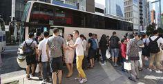 🇫🇷 #ValDeMarne Un car de touristes chinois violemment attaqué, les victimes dépouillées.