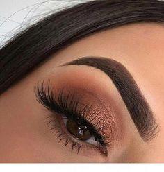 einfaches Bronze Augen Make-up Eye Makeup Art Cute Eye Makeup, Pink Eye Makeup, Makeup Eye Looks, Glitter Eye Makeup, Eye Makeup Art, Colorful Eye Makeup, Nude Makeup, Makeup Inspo, Makeup Inspiration