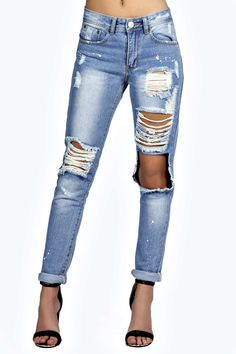 Sara Relaxed Fit Open Knee Boyfriend Jeans alternative image