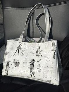 Un+sac+pratique+et+élégant+qui+s'agrandit+avec+des+aimants+sur+les+côtés