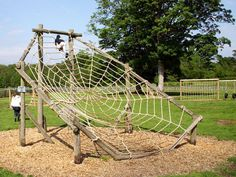 """Нажмите, чтобы закрыть изображение. Нажмите и держите, чтобы переместить изображение. Используйте кнопки """"влево"""" и """"вправо"""", чтобы листать картинки. Wood Playground, Kids Indoor Playground, Kids Outdoor Play, Natural Playground, Playground Design, Kids Play Area, Backyard For Kids, Backyard Obstacle Course, Landscape Architecture Design"""