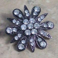 Diamante black brooch sparkling | second hand jewellery | Jewels & Finery UK