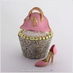 Rose fashion shoe and purse cupcake. #Pink #Gold #Celebritystyleweddings.com @Celebstylewed