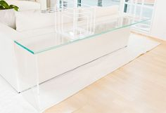 Liz-obrien-vero-refectory-series-furniture-console-tables-glass-lucite