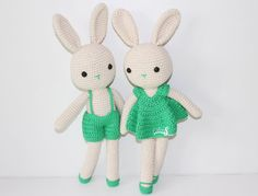 Muñecos amigurumi. Muñecos tejidos. Regalo original. Conejitos hechos a mano.