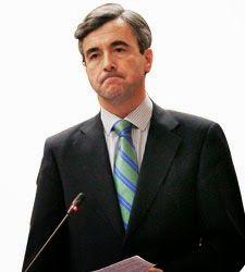 El juez Pablo Ruz deja en ridículo a Ángel Acebes.