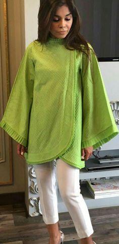 Pakistani Fashion Party Wear, Pakistani Dresses Casual, Pakistani Dress Design, Stylish Dresses For Girls, Stylish Dress Designs, Kurta Designs Women, Blouse Designs, Only Shirt, Sleeves Designs For Dresses