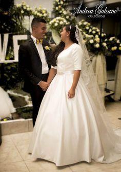 Vestido de Novia Estilo Princesa diseñado por Casa de Modas Andrea Galeano One Shoulder Wedding Dress, Photo And Video, Wedding Dresses, Instagram, Fashion, Brides, Bridal Gowns, Princess, Style