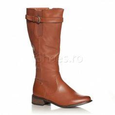 Cizme Tex Aceste cizme sunt foarte in voga in aceasta toamna datorita nuantei de camel care se asorteaza foarte usor. Calduroase si comode, aceste cizme au o captuseaala confecitonata din blanita artificiala. Cizmele Tex sunt prevazute cu o talpa antiaderenta, pentru a te feri de accidente in sezonul ploios. Riding Boots, Shoes, Fashion, Horse Riding Boots, Moda, Zapatos, Shoes Outlet, Fashion Styles, Fasion