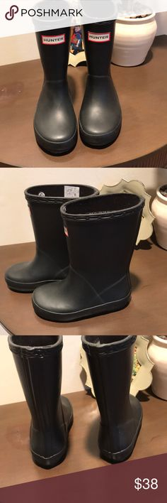 Brand new Hunter Boots New without box unisex Kids Black Hunter Boots. Size: 7 Hunter Boots Shoes Rain & Snow Boots