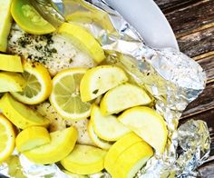 Cook your protein and veggies all at once with foil packets you can easily throw on the grill! #paleo #quickandeasy
