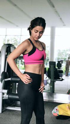 Hina Khan looks gorgeous💗🖤💗🖤 Bollywood Actress Hot Photos, Indian Actress Photos, Indian Bollywood Actress, Bollywood Girls, Beautiful Bollywood Actress, South Indian Actress, Bollywood Celebrities, Indian Actresses, Beautiful Actresses