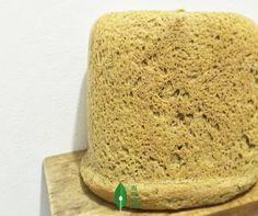 Pão vegetariano de Ora-pro-nobis  Ingredientes:  100 gramas de farinha de Ora Pro Nobis Brasil  50 gramas de fermento para pão, aproximadamente 3 tabletes;  ½ copo de água morna;  ½ copo de água fria;  2 colheres de sopa de manteiga ou margarina;  2 ovos;  1 colher de sopa de açúcar;  1 colher de sobremesa rasa de sal;  Farinha Integral até dar o ponto      Preparo:  O fermento deverá ser dissolvido juntamente com o açúcar, até formar uma pastinha. A seguir, adicione a água morna, mas tenha…