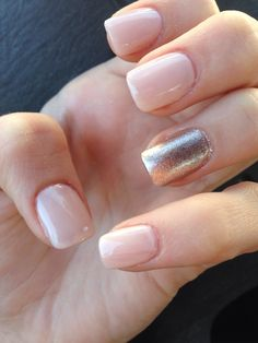 Nude nails / rose gold nails