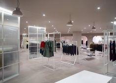 La Rinascente department store by Nendo, Milan store design Retail Store Design, Retail Shop, Design Commercial, Regal Design, Retail Interior, Retail Space, Shop Interior Design, Department Store, Stores