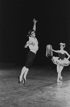 """Billy Rose Theatre Division, The New York Public Library. """"New York City Ballet production of """"Tarantella"""" with Edward Villella and Patricia McBride, choreography by George Balanchine (New York)"""" The New York Public Library Digital Collections. 1965."""